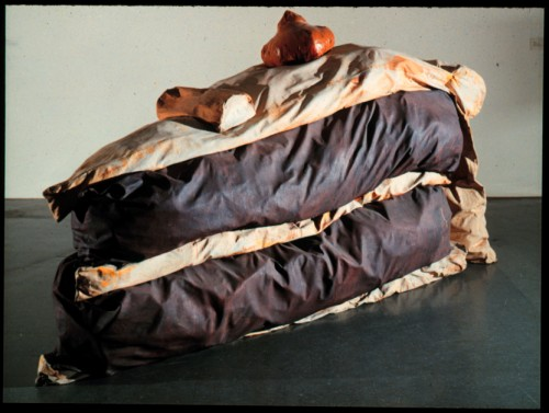 Claes_Oldenburg_Floor_Cake_1962