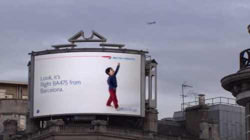 panneau publicitaire digital British Airways